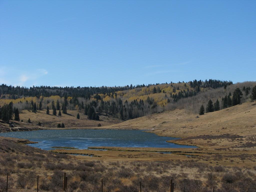 אגם בדרך לקולורדו