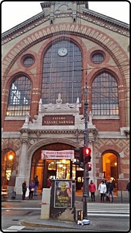 הכניסה לשוק הגדול בבודפשט
