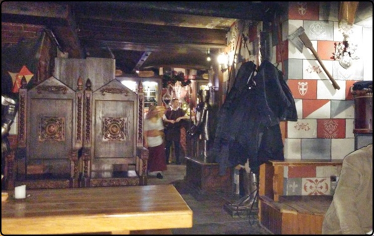Budapest -Sir Lancelot Lovagi Étterem | בודפשט - מסעדת האבירים (סר לנסלוט)
