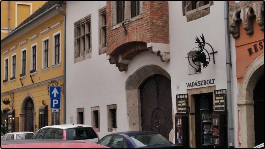 Budapest -Streets of old Buda | בודפשט - רחובות ציוריים בבודה העתיקה