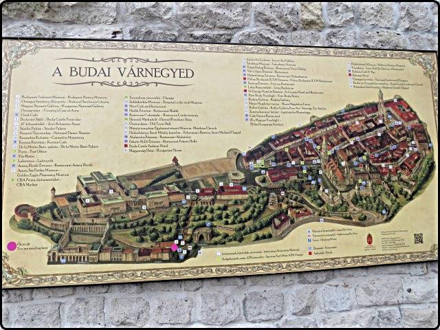Busapest -Buda Map | בודפשט - מפת בודה התלויה ליד הרכבל