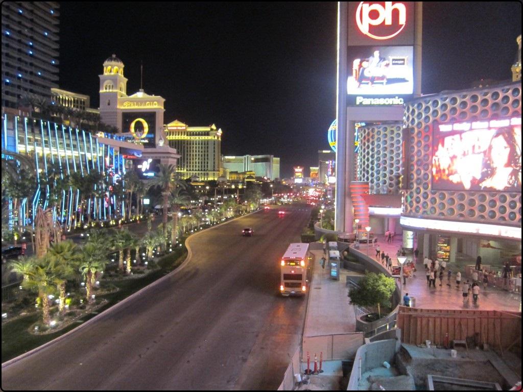 לאס וגאס - הסטריפ בלילה   Las Vegas - The Strip at night