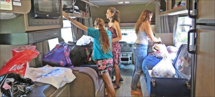 פלורידה - מסדרים את הקרוואן לקראת הנסיעה