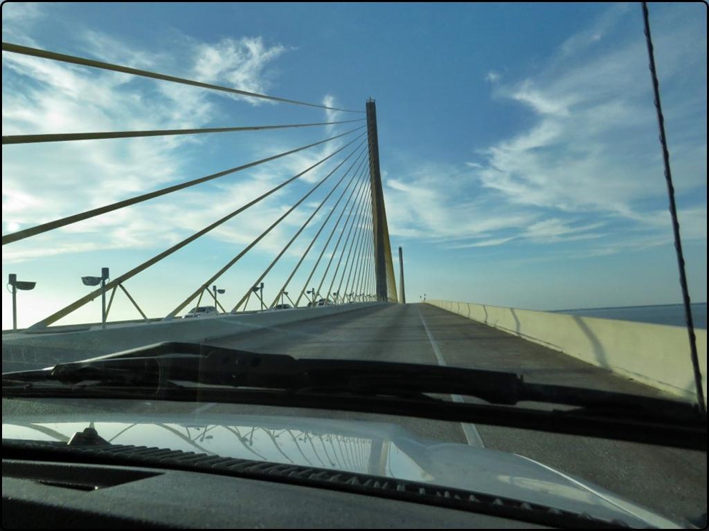 פלורידה Sunshine Skyway Bridge
