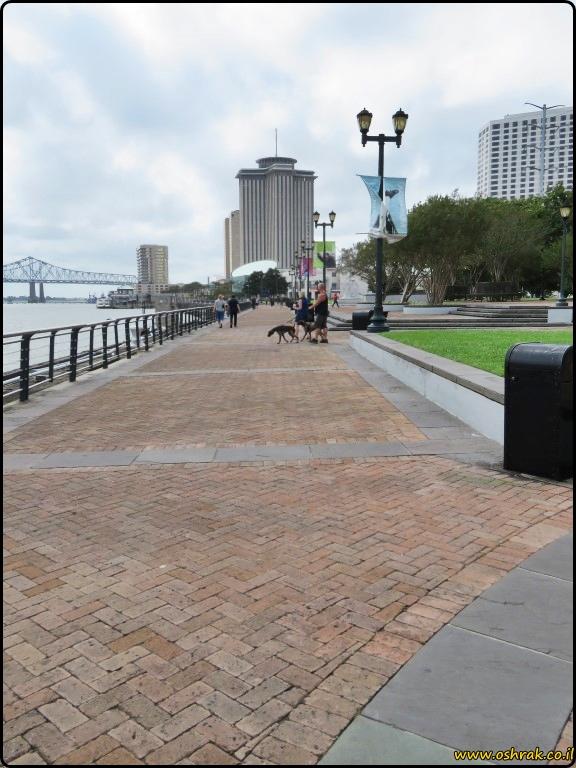 ניו אורלינס פארק וולדנברג New Orleans Woldenberg Park