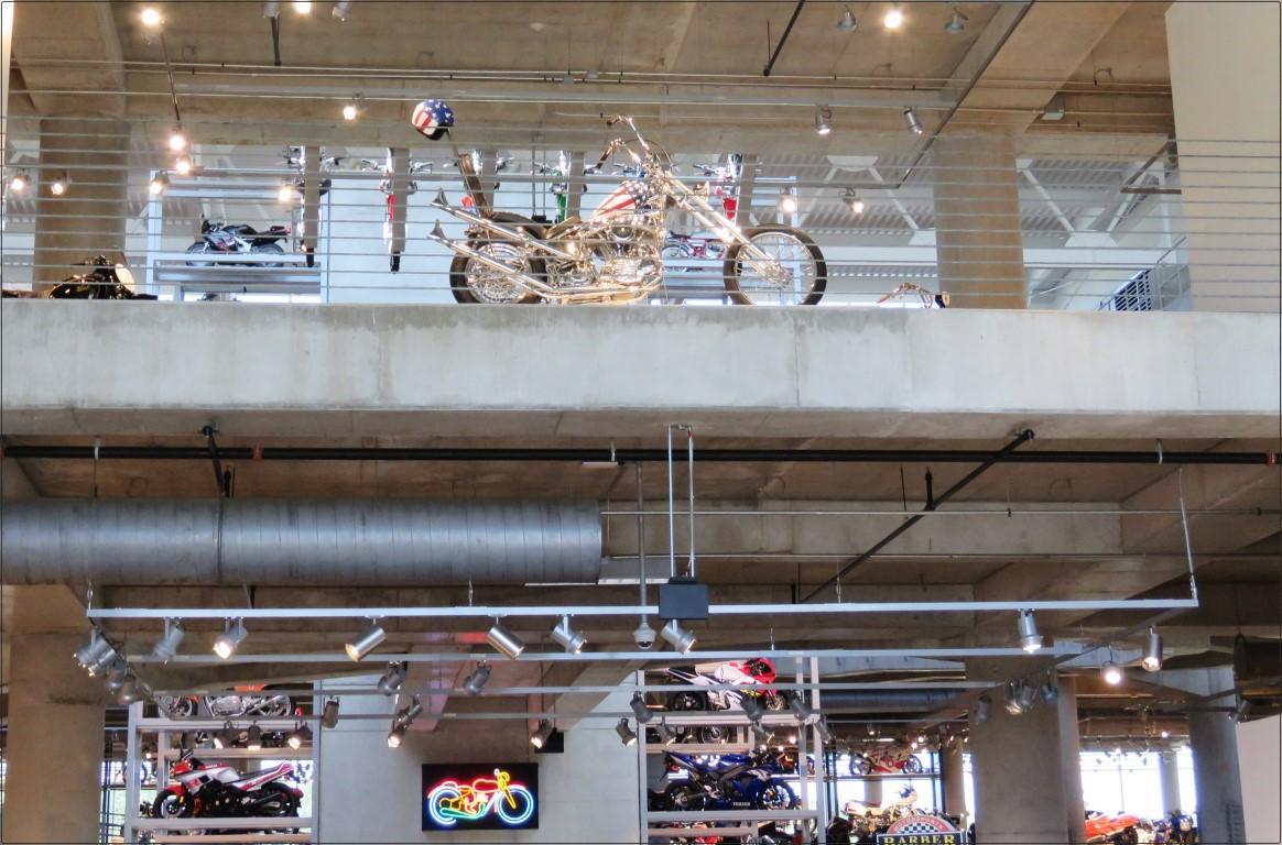 מוזיאון לאופנועי וינטאג - Barber Vintage Motorsports Museum