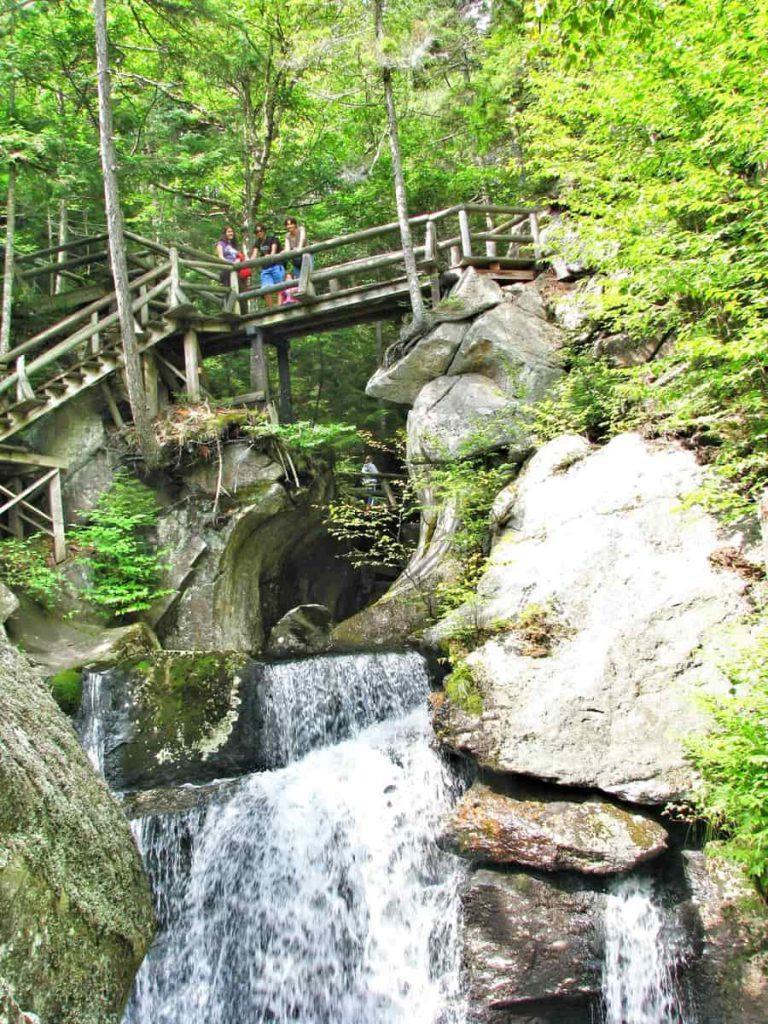 """ניו המפשייר ההרים הלבנים טיול משפחתי לארה""""ב - על המזוודות"""